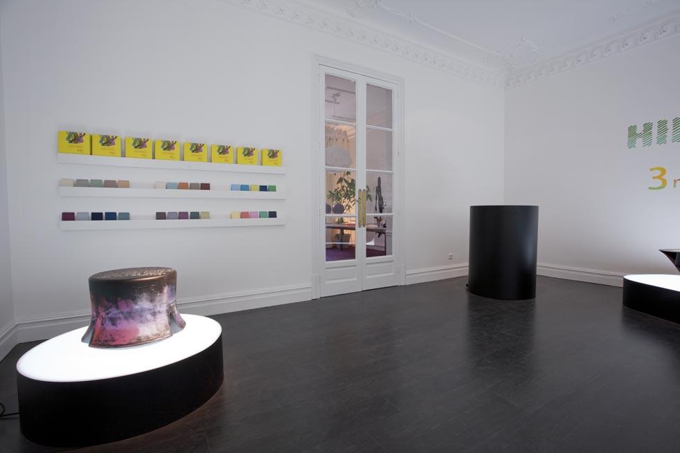 Sala de exposiciones por Lagranja Design en