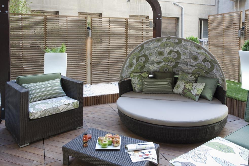 Ba o spa por cuarto interior en casa decor madrid 2010 - Interioristas en madrid ...