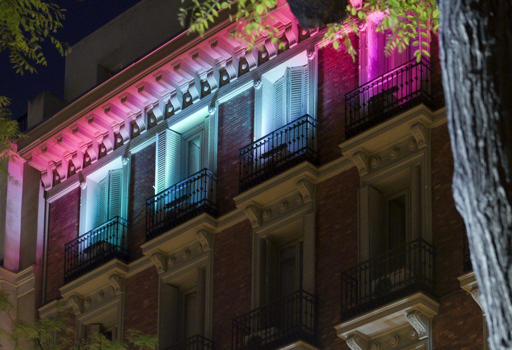 Intervención de fachada – «Classic Coloured»
