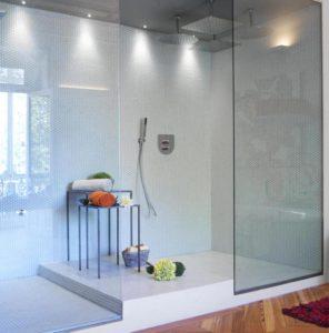 """Carmen Barasona, cuarto de baño, """"Flower Power"""" en Casa Decor 2012"""