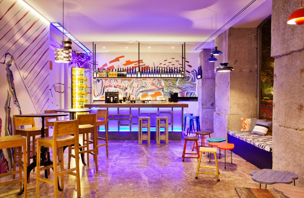 casa-decor-2014-bar-licor43-cuca-garcia-006