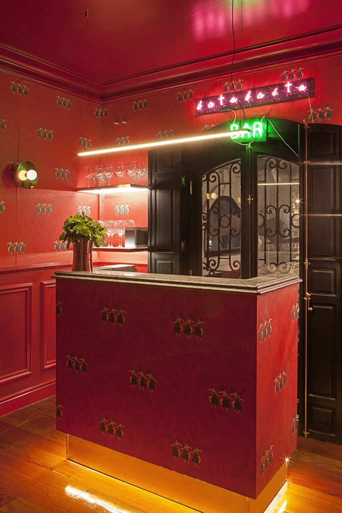 casa-decor-2016-bar-clandestino-claudia-urvois-batabasta-004