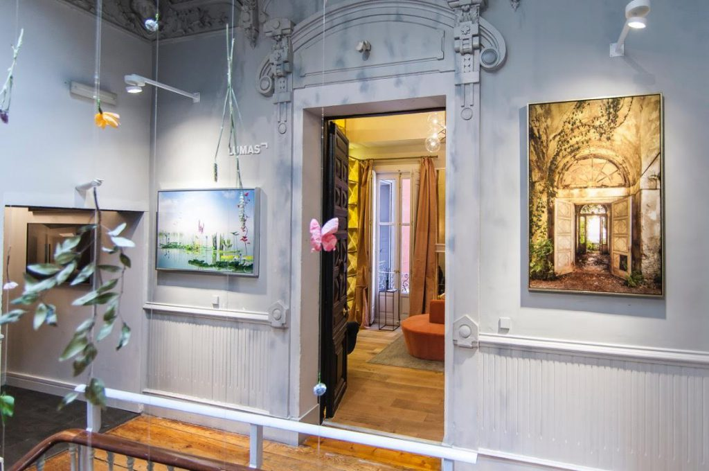 casa-decor-2016-pared-creativa-lumas-003