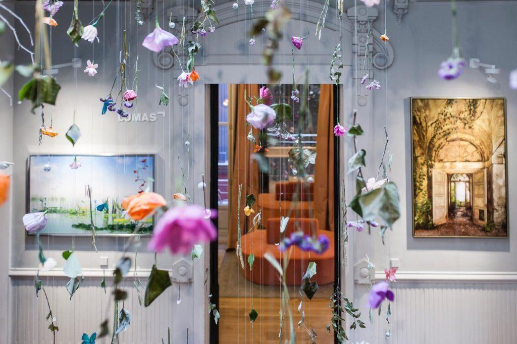 casa-decor-2016-pared-creativa-lumas-004
