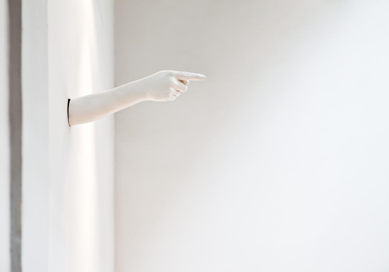 Señalética – «Por aquí», Colectivo Hice Crema