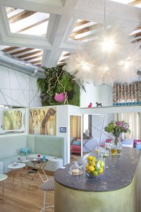 Club Privado Yo Dona por Virginia Albuja en Casa Decor 2016