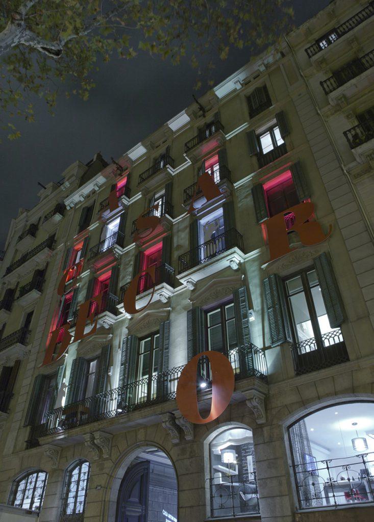 casa-decor-barcelona-2011-iluninacion-fachada-aracaya-basso-erco-003