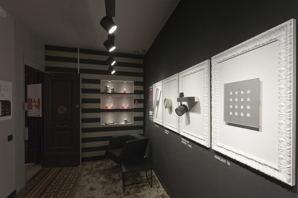 casa-decor-barcelona-2011-serrano-rovira-simon-hall-pasillo-001