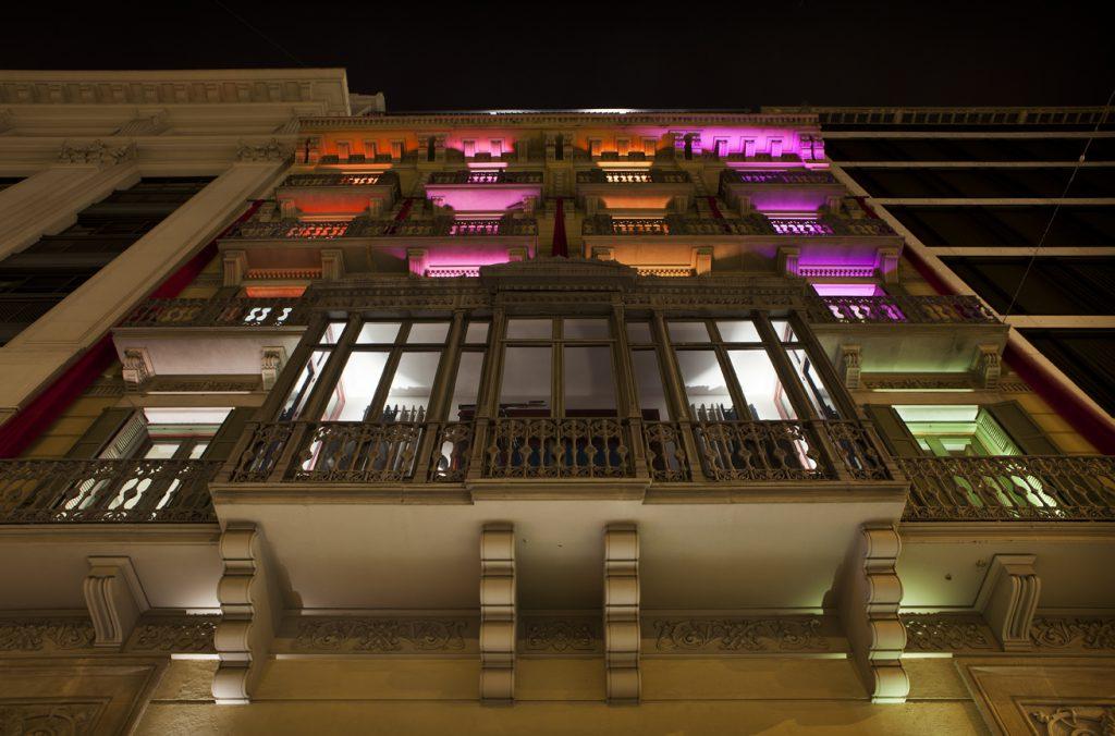 casa-decor-barcelona-2012-fachada-erco-004