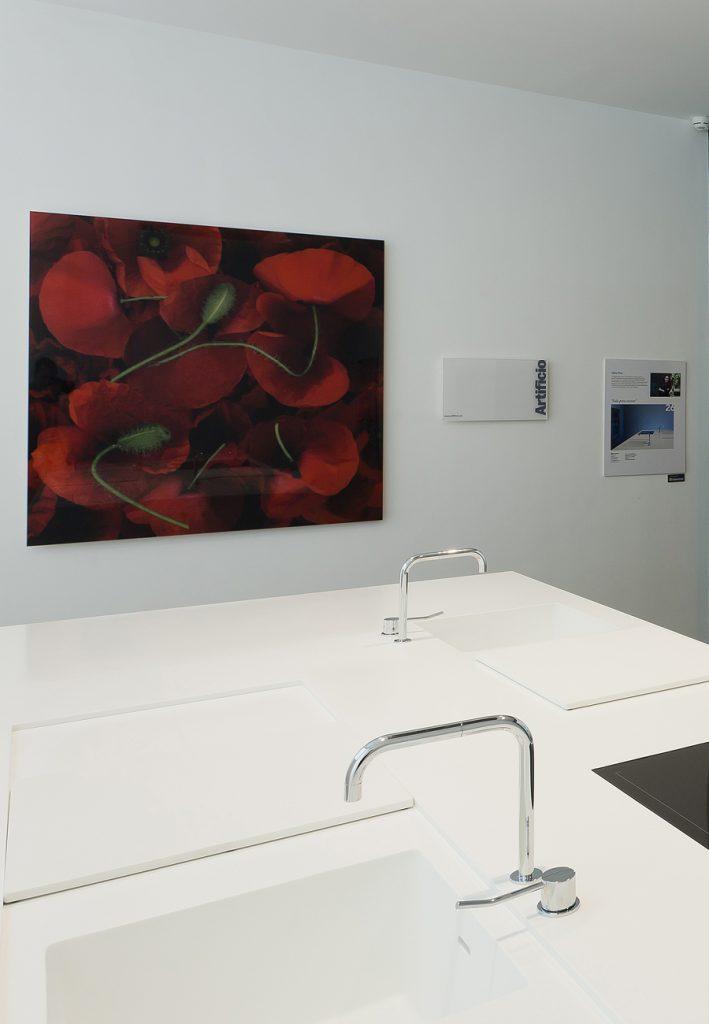 Cocina minimalista por debla illana en casa decor madrid - Interioristas en madrid ...