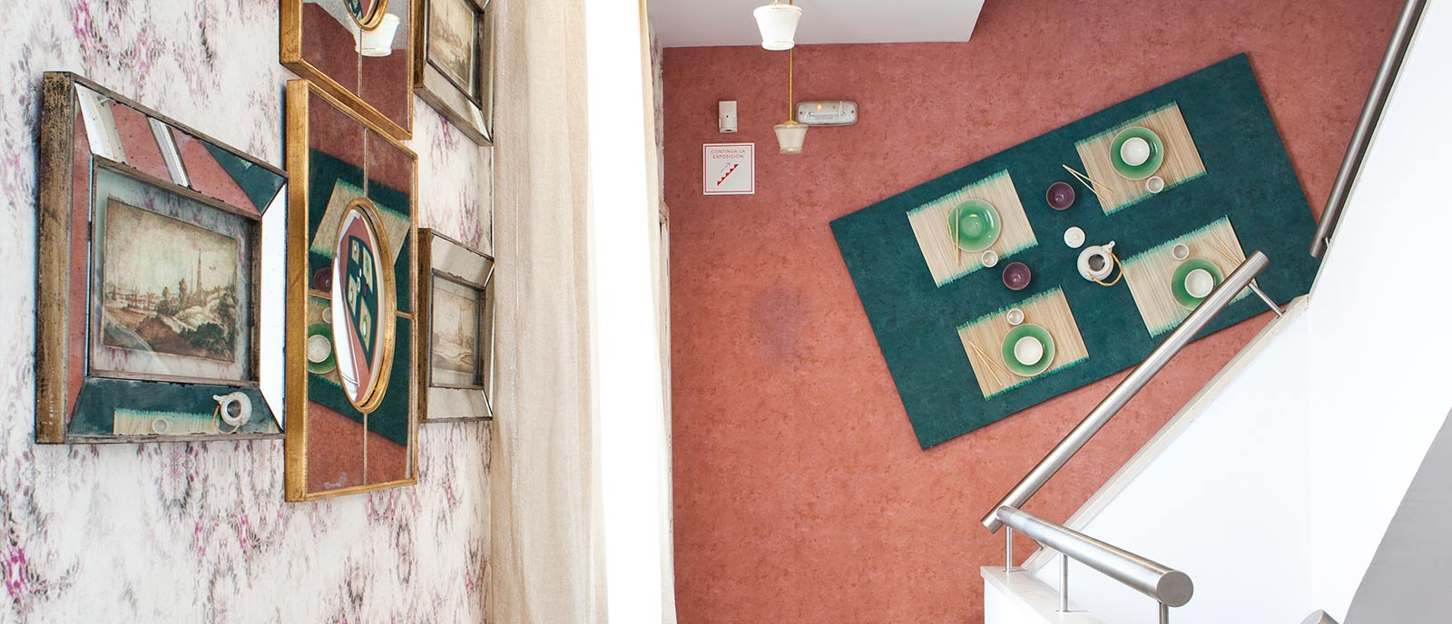 Escalera – «La casa por las paredes»
