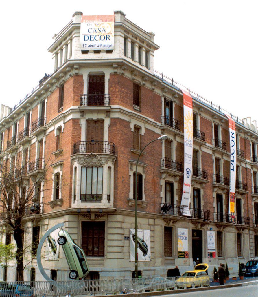 Edificios Casa Decor: Calle Eduardo Dato 18, en 1988 y 2000