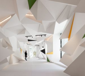 "Escaparate ""Solo Loewe Origami"". Pepe Leal"