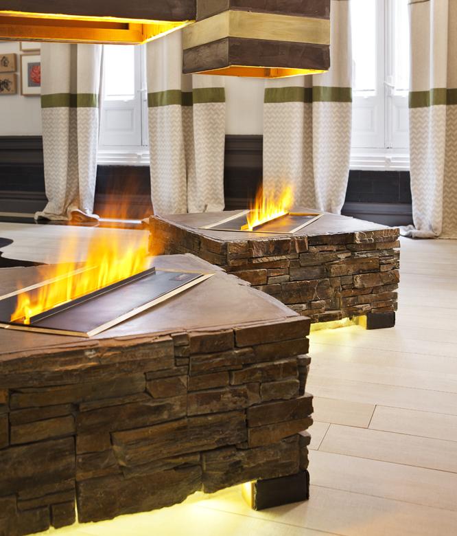 diseño de sala de estar de chimenea de esquina Chimeneas Y Estufas De Diseo En Casa Decor 2018