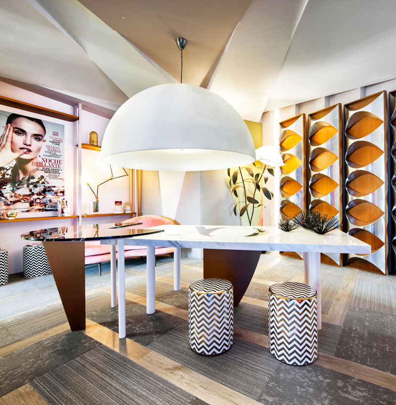 Mesa de mármol en el espacio Yo Dona, por Nebo Interiorismo