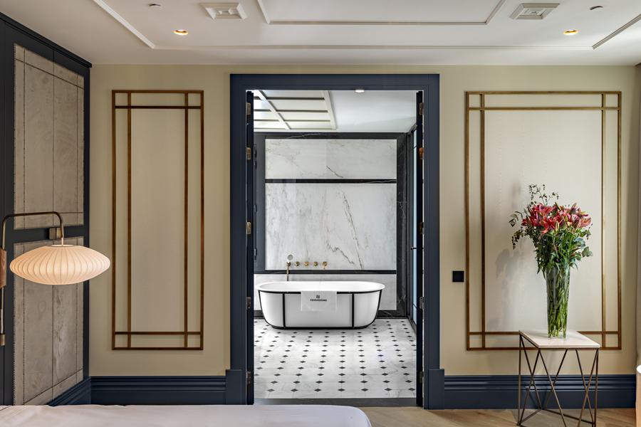 Baño de la Suite del CoolRooms Atocha