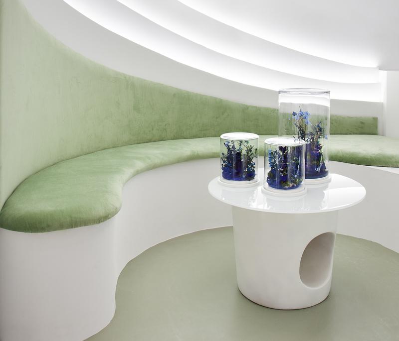 Esculturas de Monamour Natural Design en el Espacio Escenium