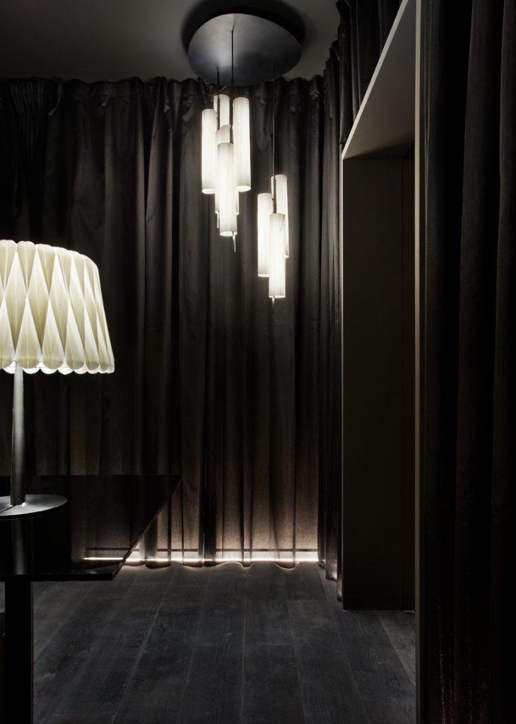 26-lobby-lzf-lamps-ramon-esteve-casa-decor-2019-003