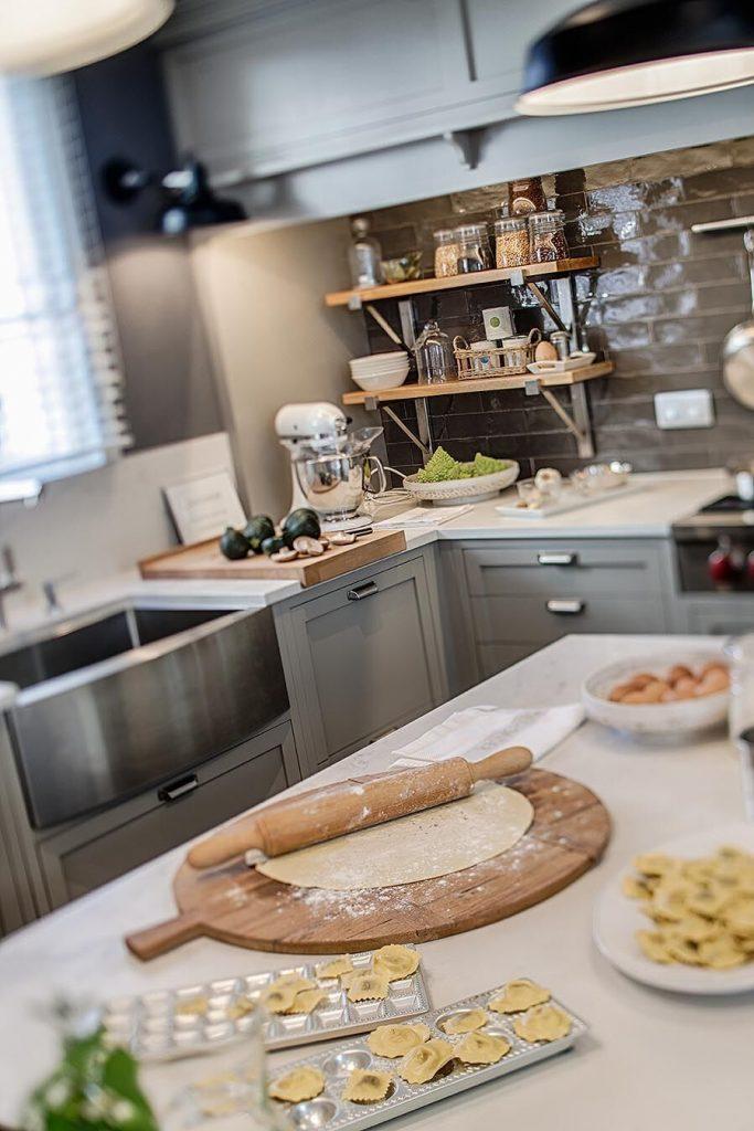 52-cocina-comedor-deulonder-casa-decor-2019-