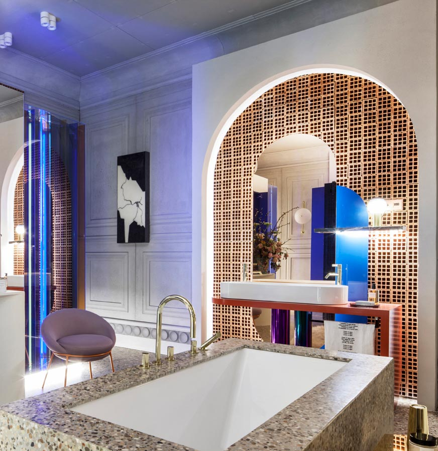 Hornacina en el baño Laufen, proyectado por Pepe Leal
