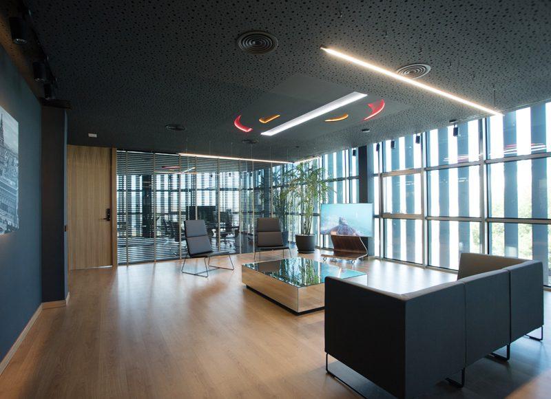Decoración interior de las oficinas del Grupo Sureste, por Antro Design