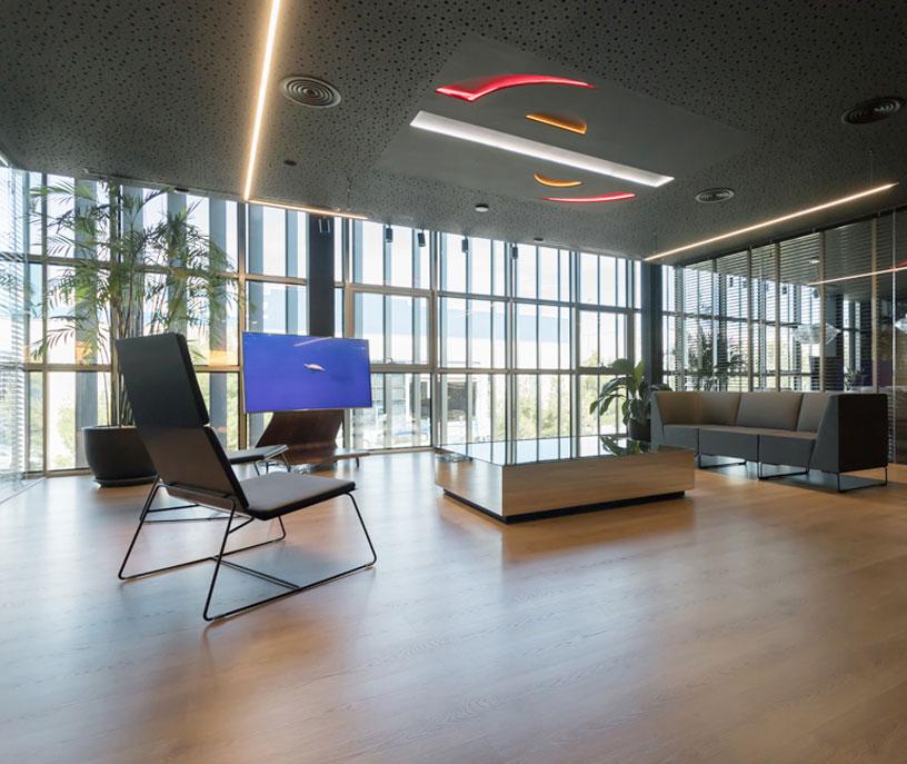 Decoración interior de las oficinas del Grupo Sureste, por Antro Desing