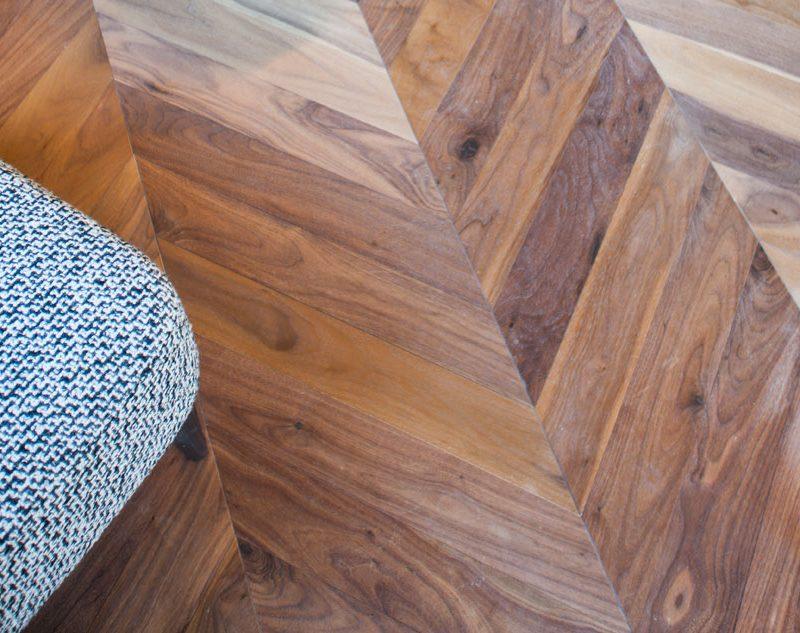 Suelos de madera y laminados: la pisada más cálida