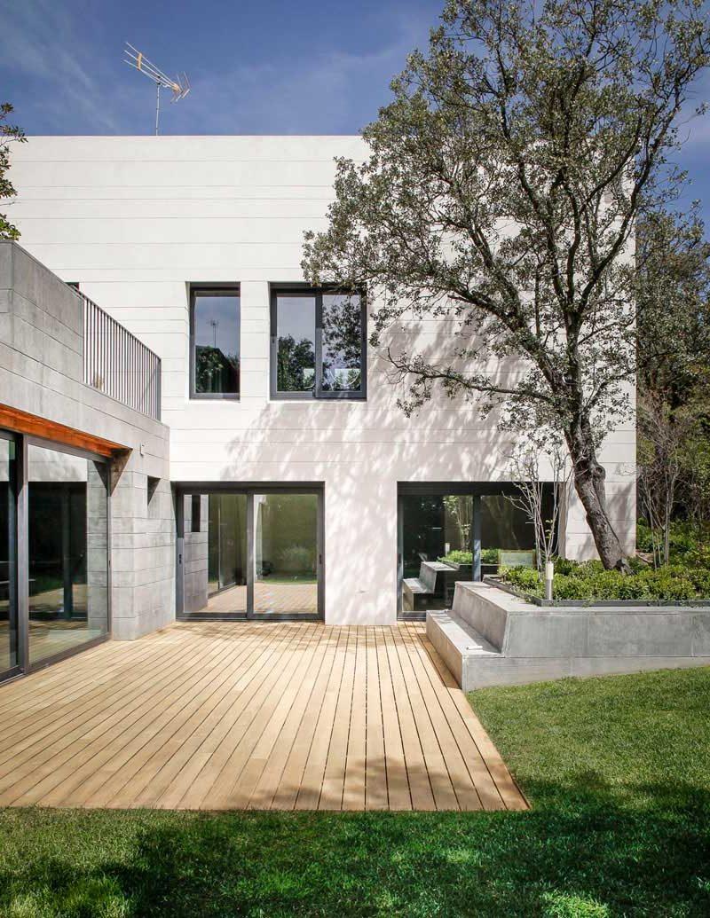 La Favorita, volumen y luz por Freehand Arquitectura