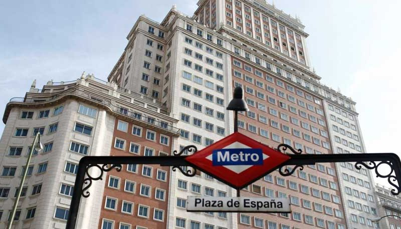 El Edificio España abre sus puertas convertido en hotel de lujo