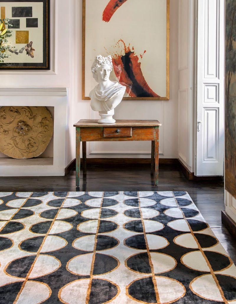 Fabián Ñíguez diseña la nueva colección de alfombras de Kaymanta