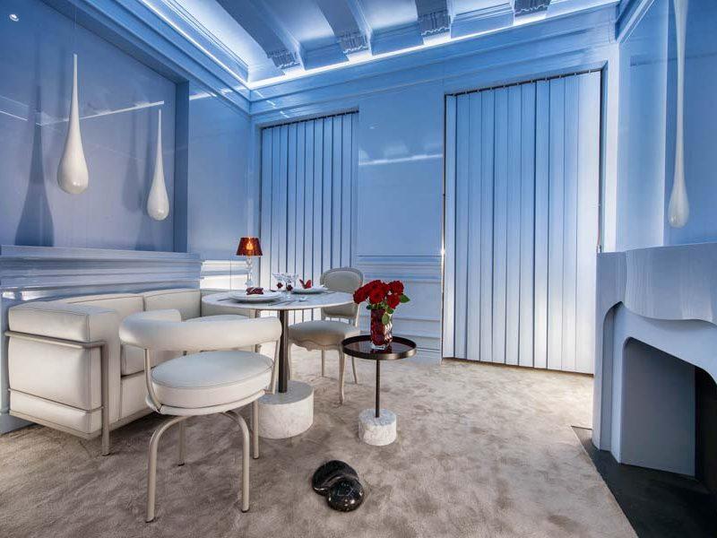 Salones y salas de estar en Casa Decor 2021